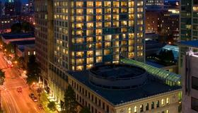 Delta Hotels by Marriott Vancouver Downtown Suites - Vancouver - Bygning