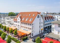 Centralhotel Binz - Остзебад Бинц - Building