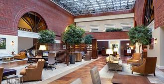 Sheraton Raleigh Hotel - ראליי - לובי