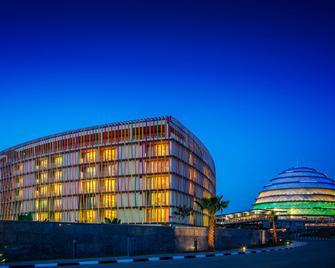 Radisson Blu Hotel & Convention Centre, Kigali - Kigali - Gebouw