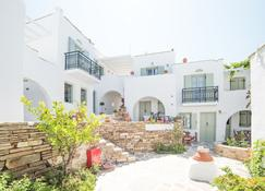 Nastasia Village - Naxos - Building