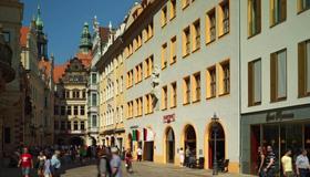 Hyperion Hotel Dresden Am Schloss - Dresden - Buiten zicht