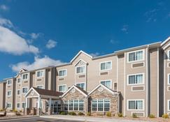 Microtel Inn and Suites by Wyndham Sweetwater - Sweetwater - Building