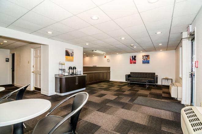Motel 6 Newark - Newark - Lounge