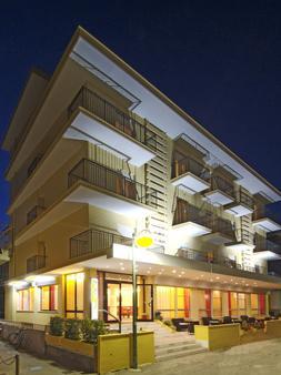 Hotel Mimosa - Bellaria-Igea Marina - Building