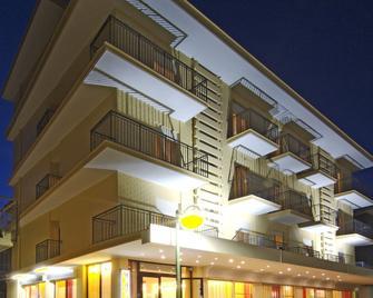 Hotel Mimosa - Bellaria-Igea Marina - Rakennus