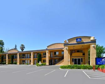 Americas Best Value Inn - Chico - Chico - Gebouw