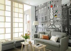 Eric Vökel Boutique Apartments Amsterdam Suites - Amsterdam - Living room