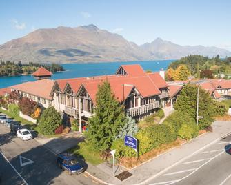 Copthorne Hotel And Resort Queenstown Lakefront - Queenstown - Building