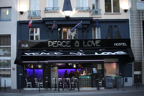Peace & Love Hostel - Paris - Edifício