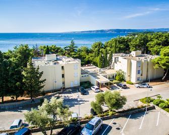 Villa Lovorka - Hotel Resort Drazica - Krk - Außenansicht