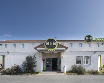 B&B Hotel Chatellerault - Шательро - Building