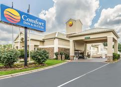 Comfort Inn and Suites Greenwood near University - Greenwood - Building