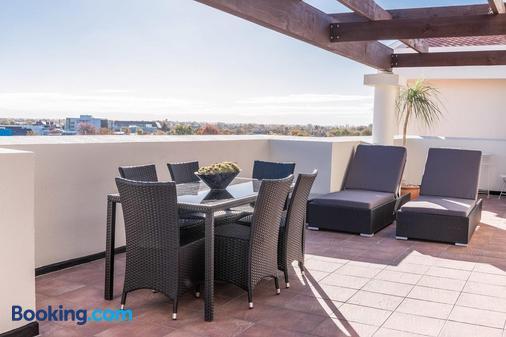 Fino Hotel & Suites - Крайстчёрч - Балкон