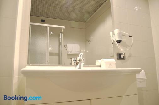 多納泰羅酒店 - 帕多瓦 - 浴室