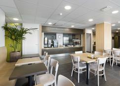 B&B Hotel Niort Marais Poitevin - Niort - Restaurante