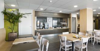 B&B Hotel Niort Marais Poitevin - Niort - Restaurant