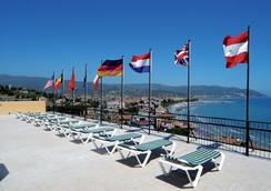 Piccolo Hotel - Diano Marina - Outdoor view