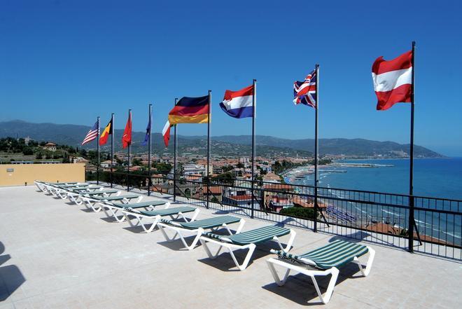皮克洛酒店 - 戴安諾碼頭 - 蒂亞諾瑪麗娜 - 室外景