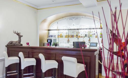 Heliopark Bad Hotel Zum Hirsch - Baden-Baden - Bar