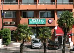 Hotel Panorama - Grasse - Building