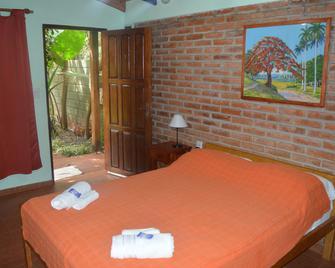 Hotel Yvy Pyta - San Ignacio - Camera da letto