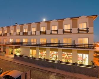 Hotel Miramar - São Pedro de Moel - Sao Pedro de Moel - Будівля