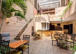 司托費拉貝斯特韋斯特普拉斯酒店 - 瓜地馬拉市 - 瓜地馬拉 - 天井
