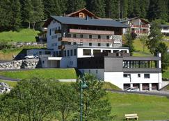 Hotel Silvretta - Sankt Gallenkirch - Building