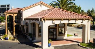 SureStay Plus by Best Western Santa Clara Silicon Valley - סנטה קלרה