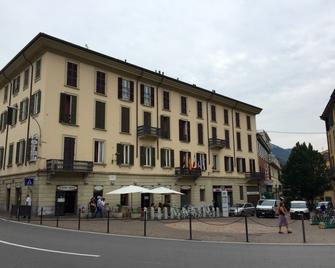 Hotel Moderno - Lecco - Gebouw