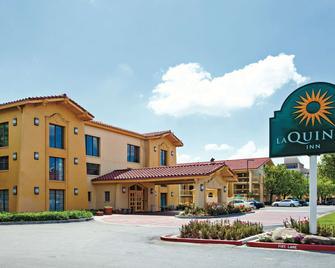 La Quinta Inn Fresno Yosemite - Fresno - Building