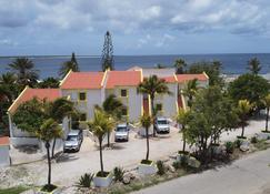 Divers Paradise Bonaire - Kralendijk - Building