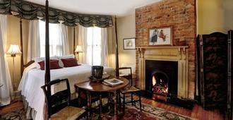 200 South Street Inn - שרלוטסוויל - חדר שינה