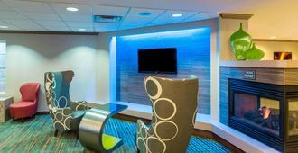 Residence Inn by Marriott Louisville Northeast - Λούισβιλ - Σαλόνι