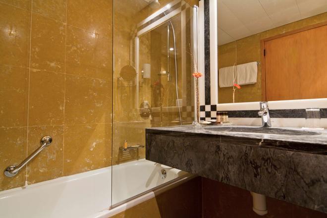 塞納商務會館 - 里斯本 - 里斯本 - 浴室
