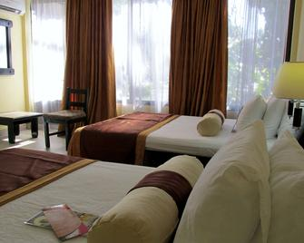 Best Western El Sitio Hotel & Casino - Liberia - Bedroom