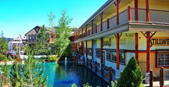 Holiday Inn Resort The Lodge at Big Bear Lake - Big Bear Lake - Edifício
