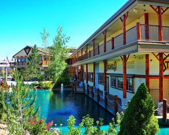 Holiday Inn Resort The Lodge at Big Bear Lake - Big Bear Lake - Budova