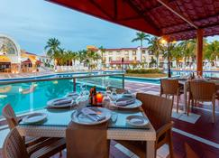 Cozumel Hotel & Resort, Trademark Collection by Wyndham - Cozumel - Restaurang