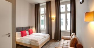 Meininger Hotel Berlin Mitte Humboldthaus - Berlin - Schlafzimmer
