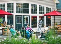Green Mountain Suites Hotel - South Burlington - Business centre