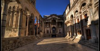 Hotel Vestibul Palace - Split