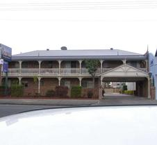 Richmond Motor Inn