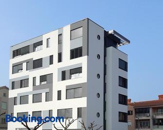 Hostel Villa Domus - Koper - Building