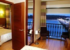 托哈橋酒店 - 奧格羅韋 - 格羅韋 - 建築