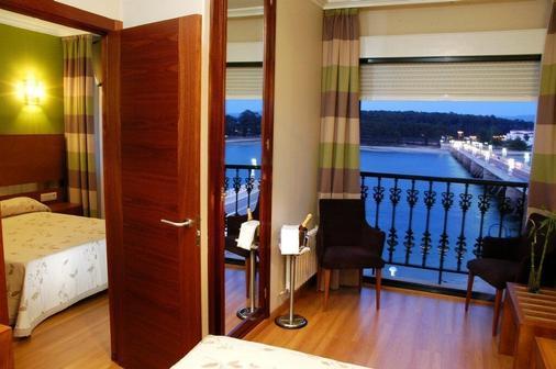 托哈橋酒店 - 奧格羅韋 - 格羅韋