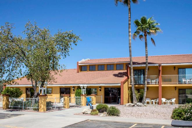 Quality Inn Wickenburg - Wickenburg - Gebäude