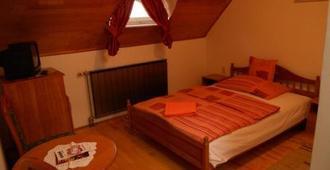 Duna Panzio - Győr - Bedroom