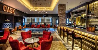 DoubleTree by Hilton Glasgow Central - Glasgow - Bar